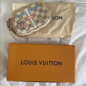 Louis Vuitton Pochette Mini 100% Authentic